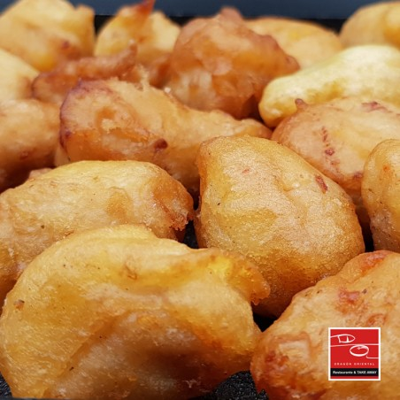 Bolitas de pollo frito con salsa especial