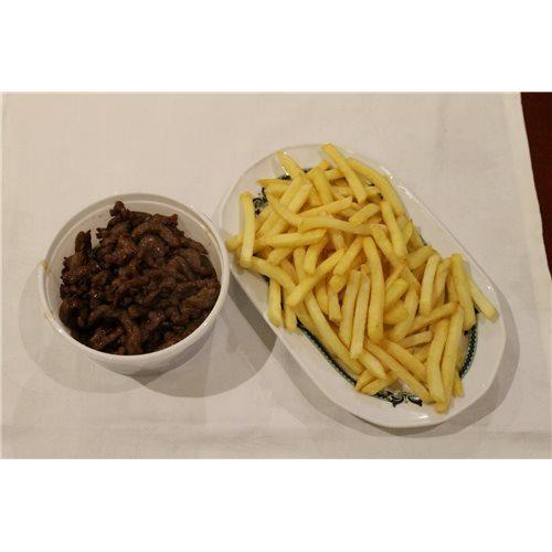 Ternera con patatas fritas